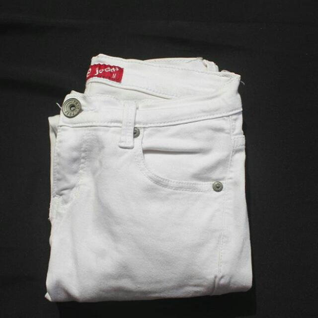Hw White Jeans By FREE JEANS