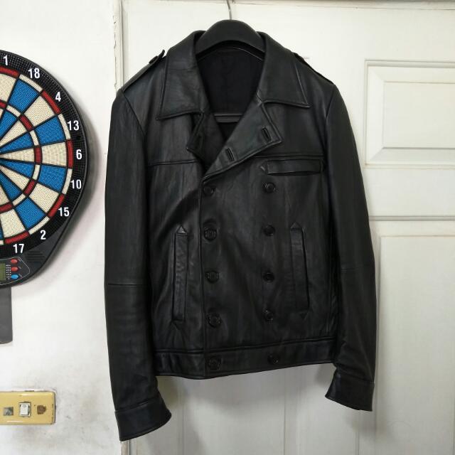 日本製皮衣,ivalease小羊皮皮衣S號,原價約12000元,剪裁合身,雙排扣絕不撞衫