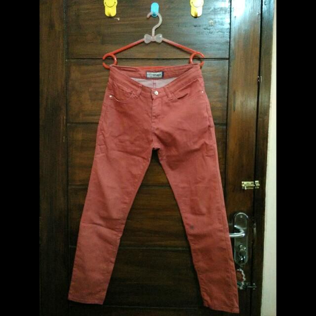 Nevada Red Jeans