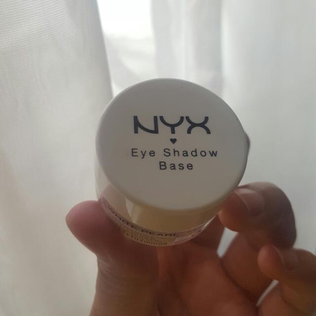 NYX Eyeshadow Base White Pearl
