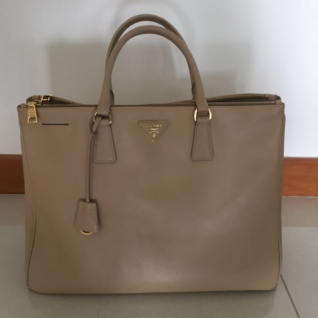 64f89d1d94e4 Prada Saffiano Lux Large Double Zip Tote, Luxury, Bags & Wallets on ...