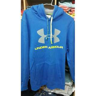 Under Armour 帽t
