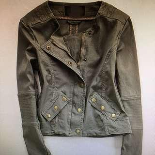 New. Jacket