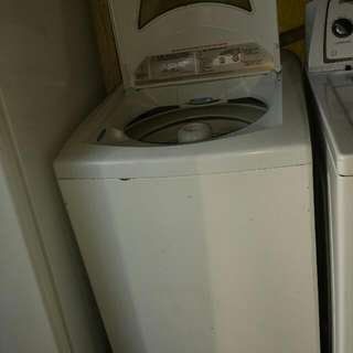 Whirlpool Atomatic Washer 8.5kg Capacity