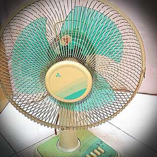 Mitsubishi Table Fan.  Diameter 17 Inches X 17 Inches. Working Well. Preloved Not For Fussy Buyers. Self Collect Jurong  Pt.