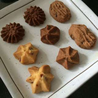 CNY Cookies And Cakes