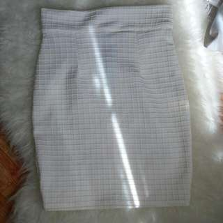 White Midi Skirt / Rok formal putih