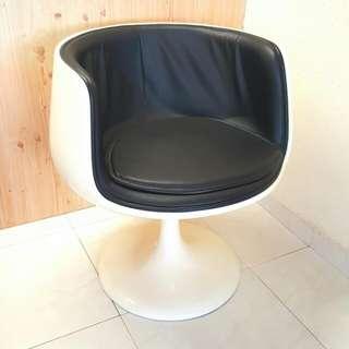 Eero Aarnio Cognac VSOP Chair