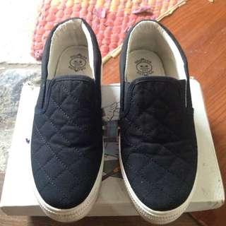 Black Slip On size37