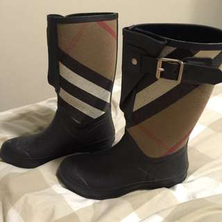 Burberry Gum Boots
