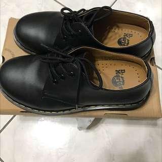 仿Dr.Martent皮鞋