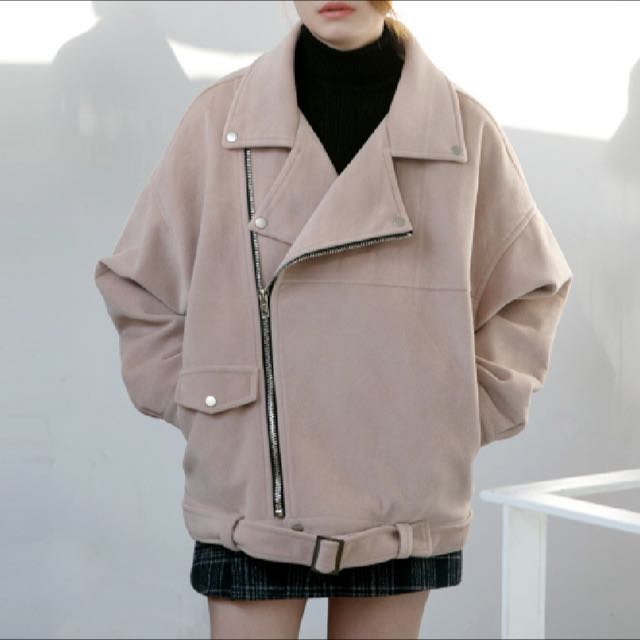 粉色翻領寬鬆外套
