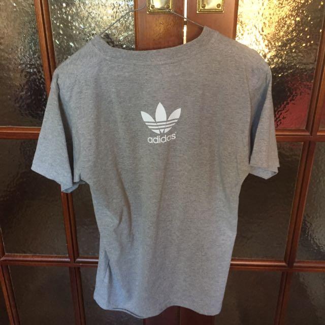 Adidas T Shirt - Medium (fits Small)