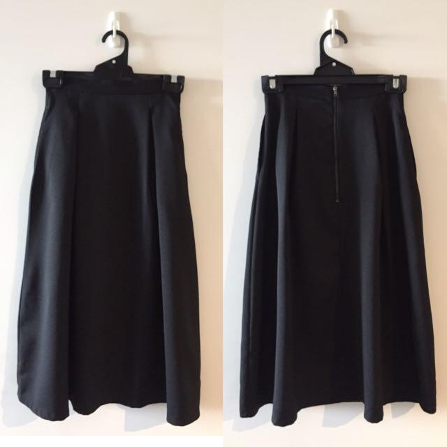 Blank Midi Skirt - Size 6