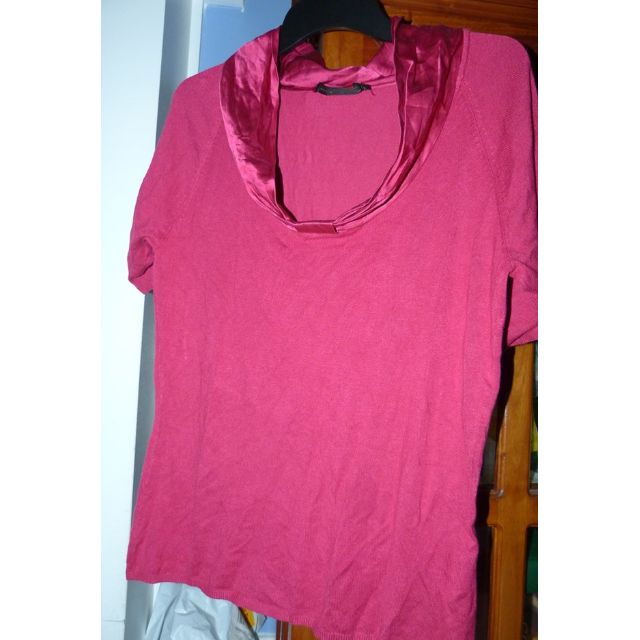 David Lawrence pink knit with silk trim sorry just crumpled as was in storage in euc