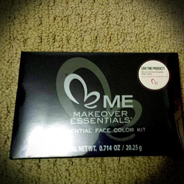 ME Makeover Essantials Face Colour Kit!