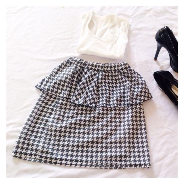 Monochrome Peplum Mini Skirt