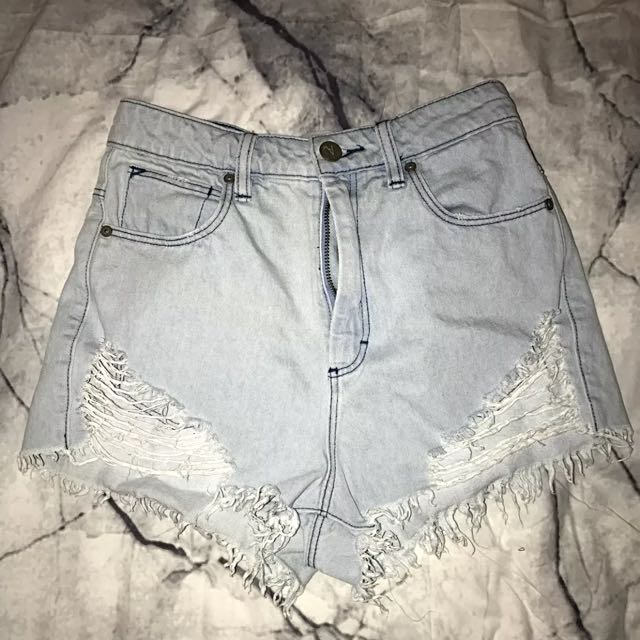 NEED GONE abrand Shorts 6/7