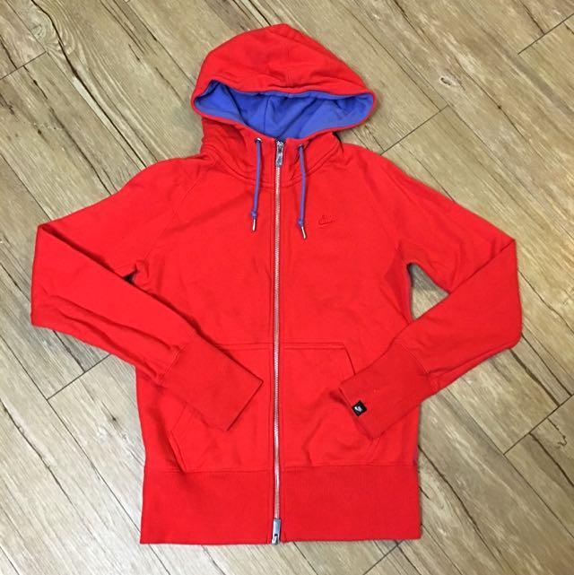 Nike女生外套