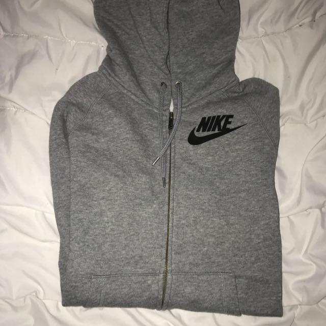 *REDUCED* Nike Jacket