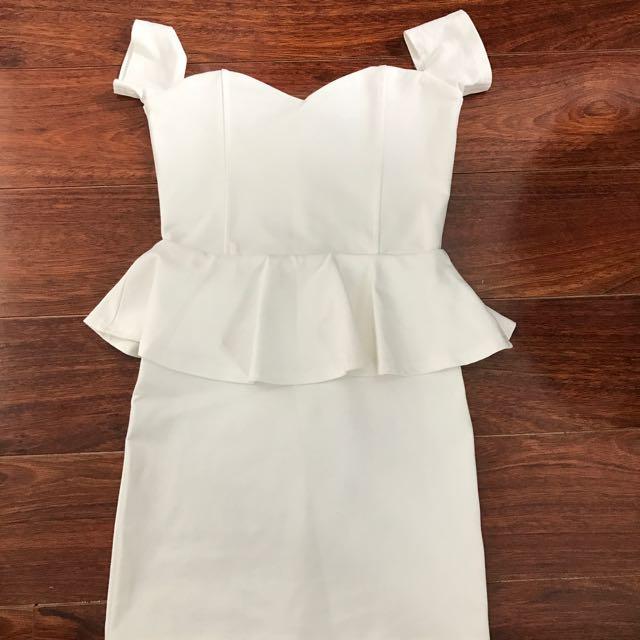 SaboSkirt Off Shoulder Peplum Dress