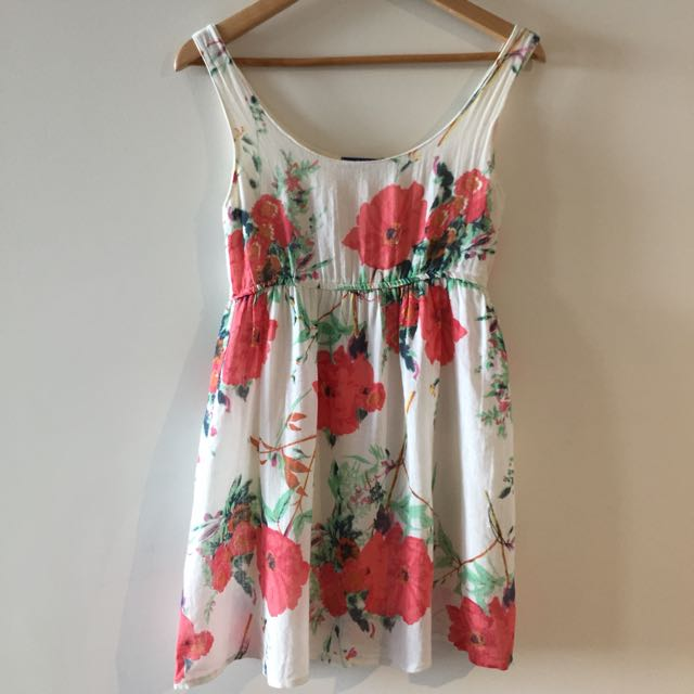 Summer Floral Dress - Size 6