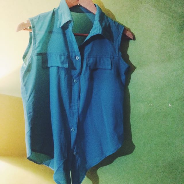 Teal Sleeveless Collared Top