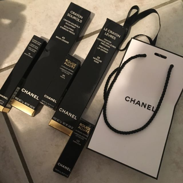 Various CHANEL Boxes And packaging