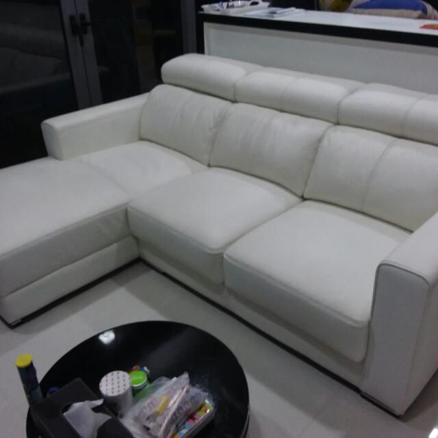 Zolano Leather L Shape Sofa 1 5 Year Old Only Furniture Sofas On Carousell