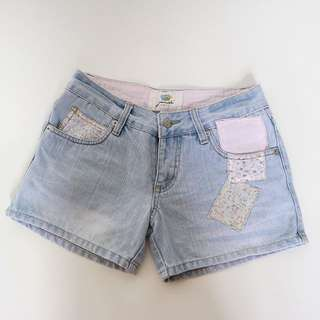 Vintage Ripped Short Jeans