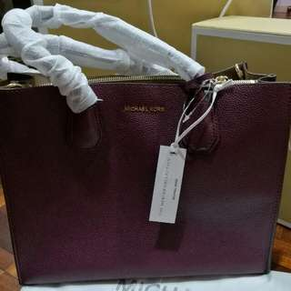 Authentic Michael Kors Studio Mercer Leather Crossbody