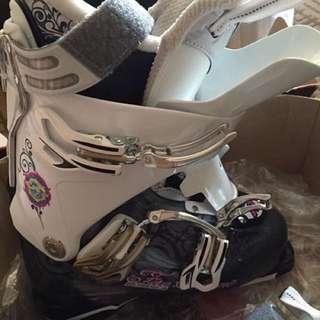Women's Ski boot