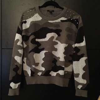 Forever21 Studded Shoulder Pullover - S