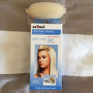 Free with purchase! Scunci quiff comb