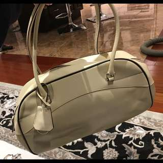 BEIGE AUTHENTIC PRADA HANDBAG