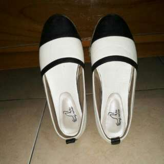 The Things Corner Shoes