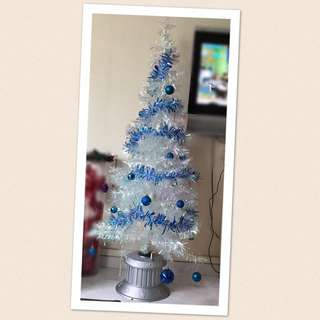 Christmas Tree (Preloved) 5ft Tall