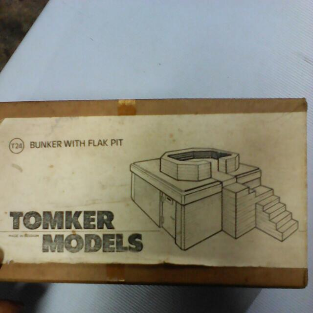 1/35 Bunker With Flak Pit Model Kit, Toys & Games, Others on