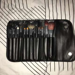 MORPHE 12 PIECE SABLE SET