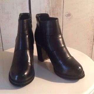 Black Vegan Boots
