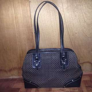 Pre-loved Authentic Relic Bag!
