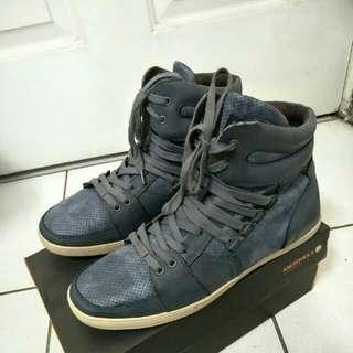 Kenneth Cole Reaction 高筒時尚運動鞋,US : 9號上下可參考,原價約4000