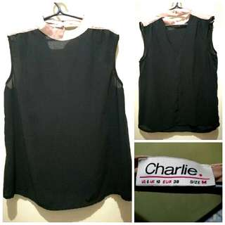CHARLIE Sleeveless Black Top