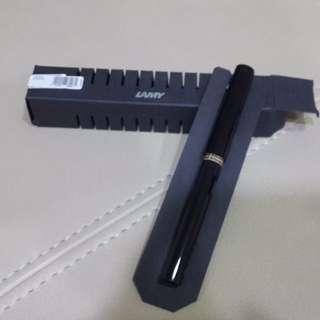Lamy Safari黑色亮面鋼筆(EF尖)