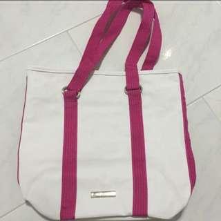 BN Skechers Carrier Bag