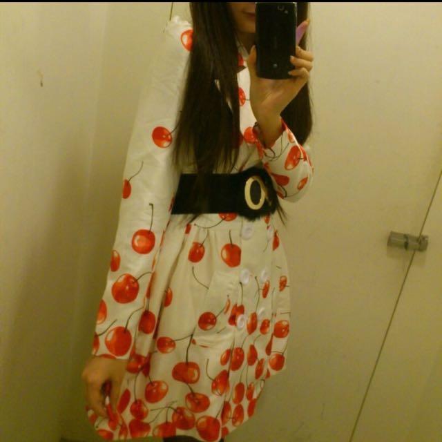 櫻桃風衣外套