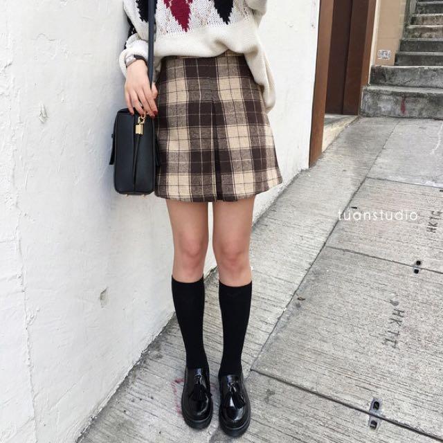 學院格紋毛呢短裙