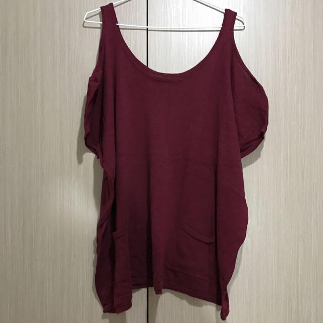 古著/酒紅色素面口袋設計長版細針織露肩上衣