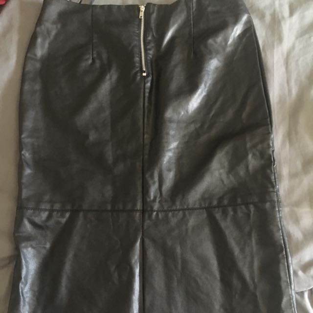 Black Forever 21 Faux Leather Skirt