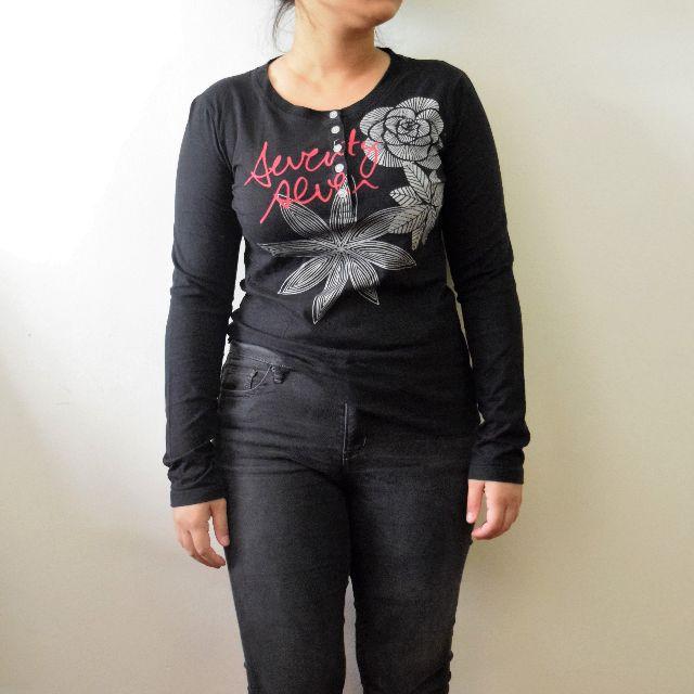 Black Metallic Floral Motive Tee